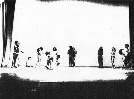 Cena da montagem original do Laborarte, em 1972. Foto: http://historiadoteatromaranhense.blogspot.com.br
