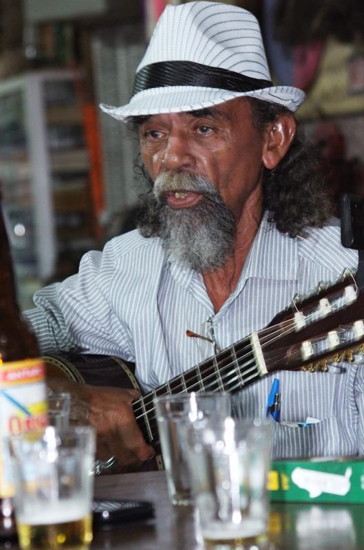 O violonista Bastico. Foto: Murilo Santos