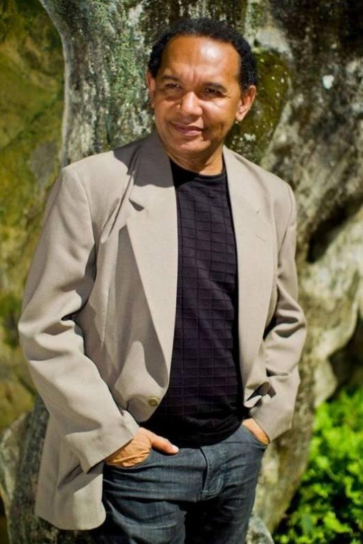 O poeta Salgado Maranhão em foto de seu fb