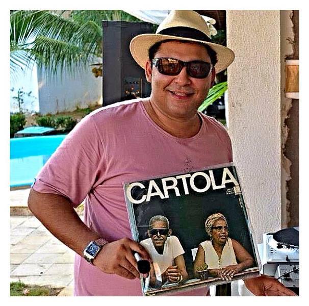 O DJ Marco Antonio Brito, vulgo Vinil Social Club. Acervo pessoal