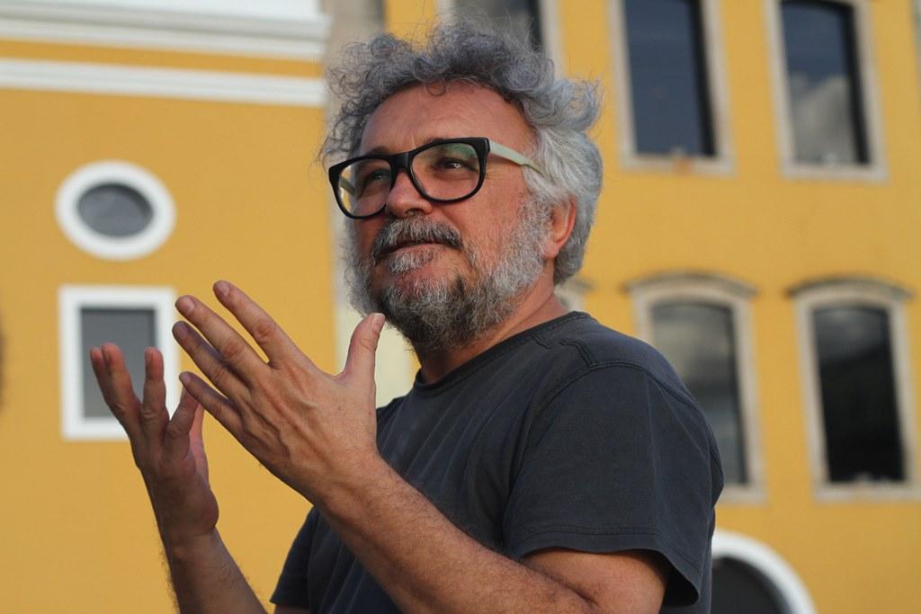 """""""Esse aperto está nos levando a pensar em coisas novas"""", afirma Gutie. Foto: Diego Nigro/ JC Imagem"""
