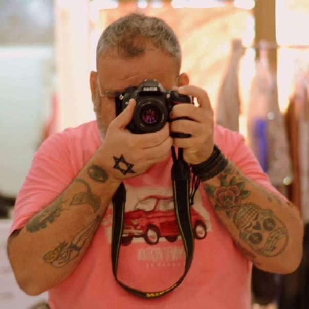 O fotógrafo Vicente Jr. em ação. Foto: divulgação