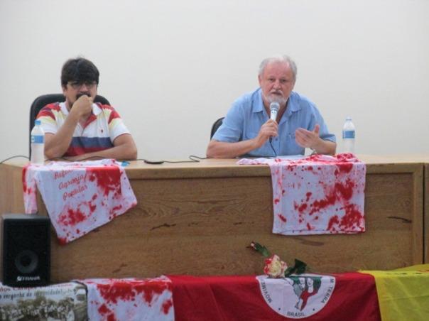 Jonas Borges e João Pedro Stédile, representantes do MST estadual e nacional, no auditório da Faculdade de Arquitetura da Uema. Foto: ZR (8/4/2016)