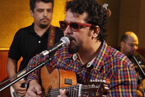 O cantor e compositor paraense Allan Carvalho. Foto: Camila Lima/ Portal Cultura
