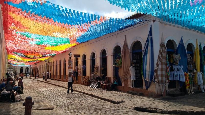 A decoração junina no Centro Histórico se tornou uma atração à parte. Foto: Zema Ribeiro