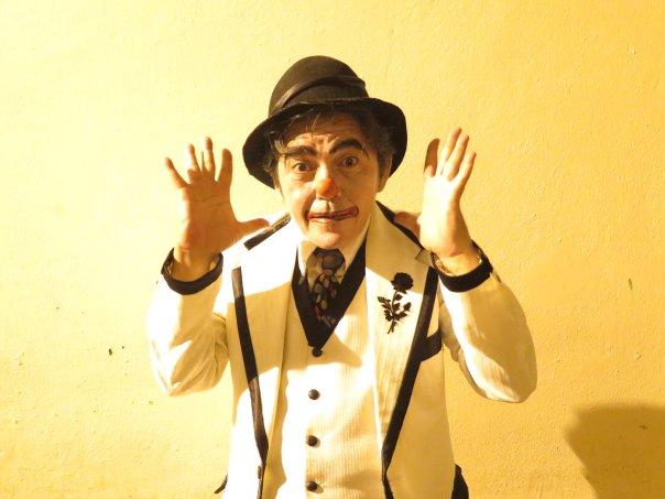 O mímico Gilson César inaugurará as performances poéticas na temporada. Foto: divulgação