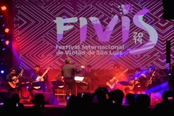 Orquestra de Violões Uema-Emem. Fotos: Zeqroz Neto