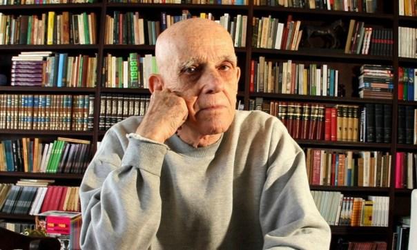 O escritor Rubem Fonseca. Foto: Zeca Fonseca. Divulgação